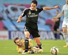 'Chicharito' firma 'doblete' en triunfo del Real Madrid